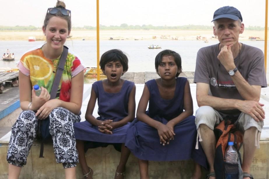 Avant de s'envoler pour l'Inde avec sa fille... (Photo fournie par la famille Gobeil)