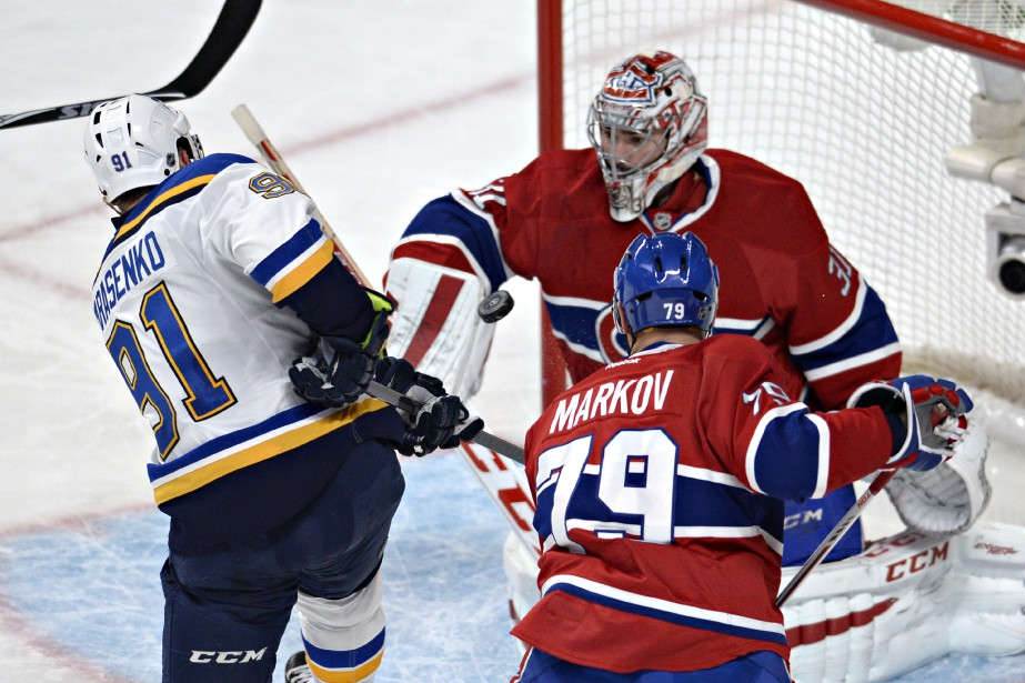 Les Blues ont donné du travail à Carey Price, au Centre Bell. (Photo Bernard Brault, La Presse)