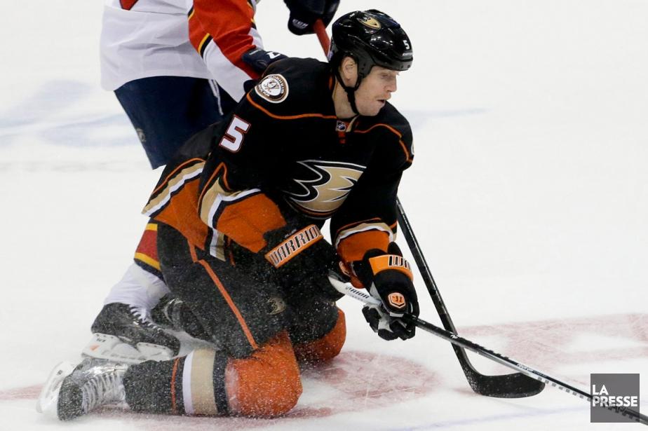 Acquis des Ducks d'Anaheim jeudi en retour de... (Photo Chris Carlson, AP)