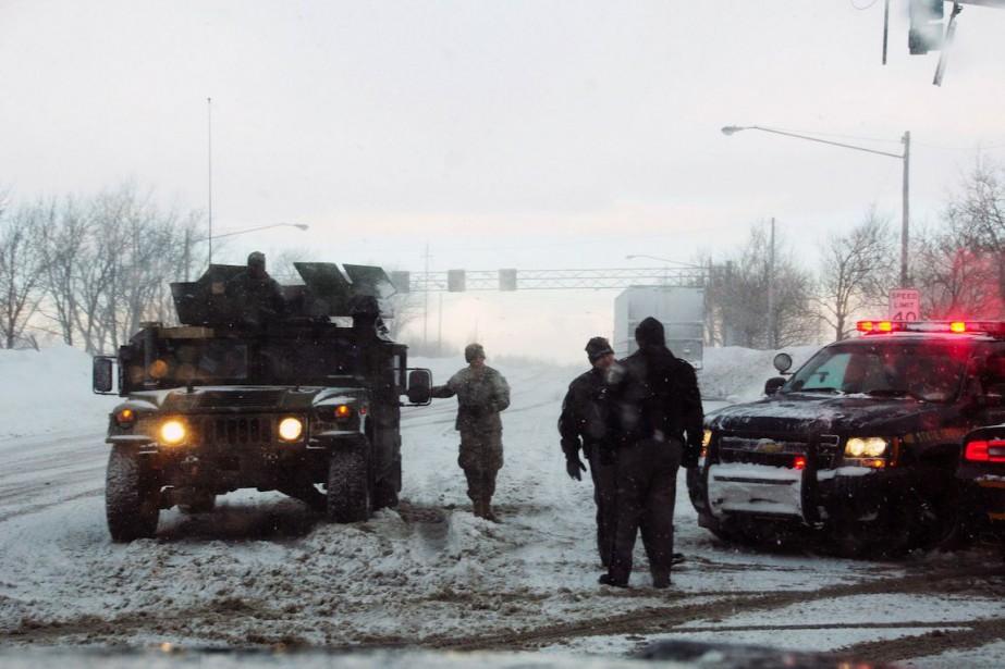 Des soldats de la New York Army National... (PHOTO US ARMY NATIONAL GUARD, AFP)