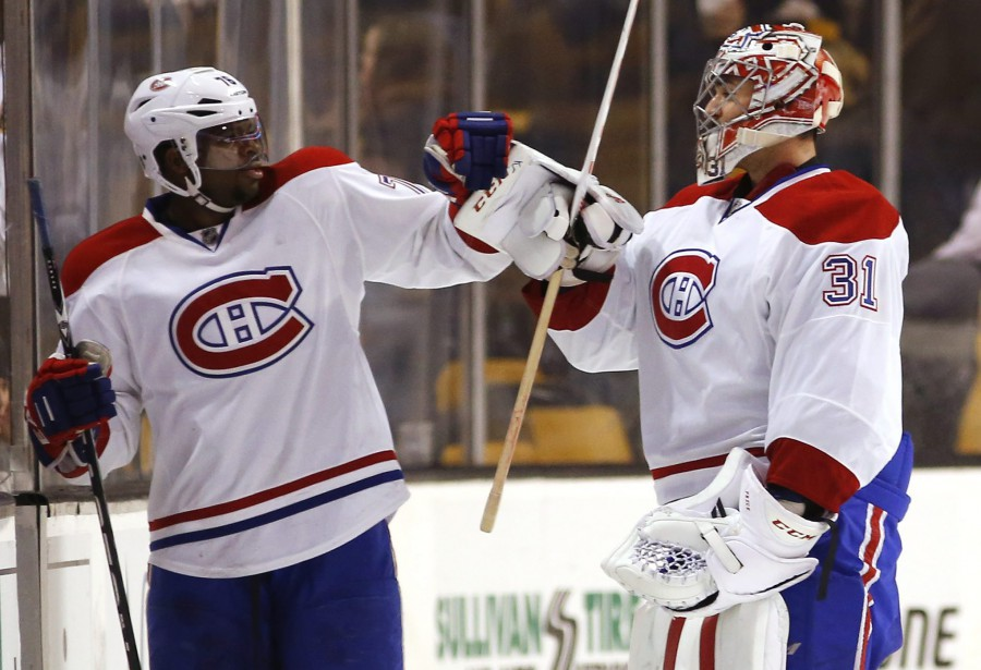 P.K. Subban félicite Carey Price (31) pour son jeu blanc. (PHOTO WINSLOW TOWNSON, REUTERS)