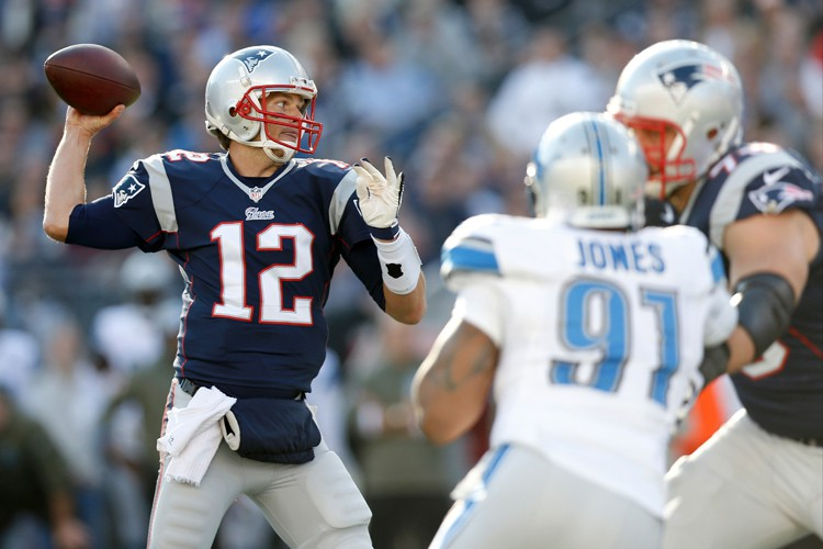 Tom Brady a complété 38 de ses 53 tentatives... (Photo: Reuters)