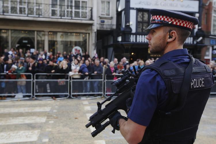 Pendant une semaine, des policiers informeront plus de... (Archives Reuters)