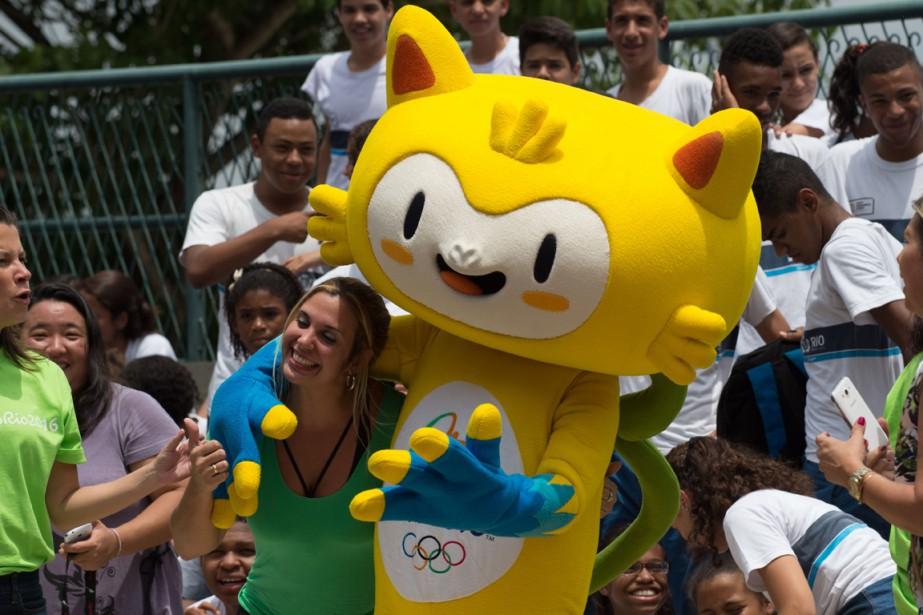 La mascotte des Jeux olympiques de Rio de... (Photo Yasuyoshi Chiba, AFP)