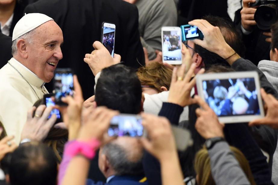 Le pape François a déjà procédé à une... (PHOTO GABRIEL BOUYS, ARCHIVES AFP)