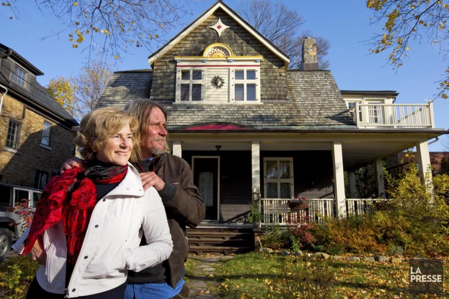 Mary Sanders et Alf Thomas Sanner devant leur... (PHOTO ALAIN ROBERGE, LA PRESSE)
