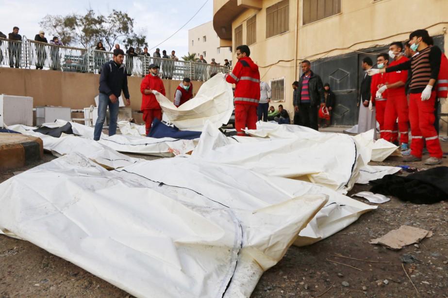 Au moins 36 civils seraient au nombre des... (PHOTO NOUR FOURAT, REUTERS)
