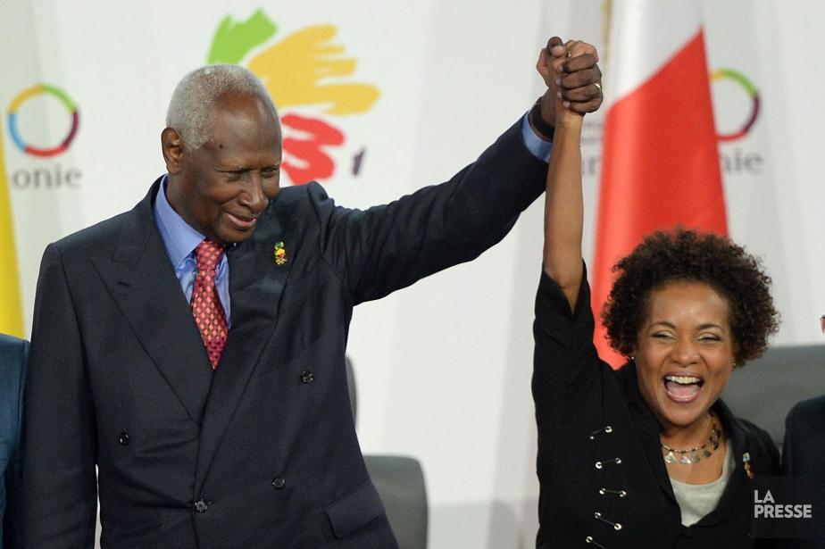 Michaëlle Jean succède àl'ex-président sénégalais Abdou Diouf (à... (PHOTO SEAN KILPATRICK, PC)