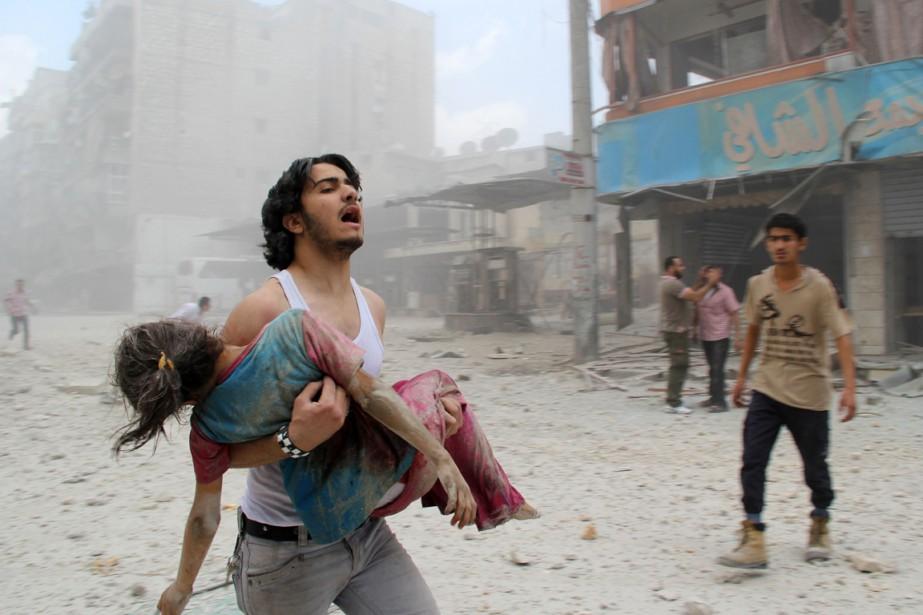 Dans le conflit syrien, un civil tué sur... (PHOTO BARAA AL-HALABI, ARCHIVES AFP)