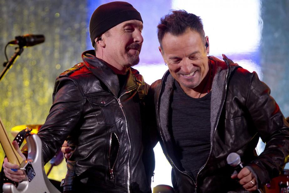 The Edge et Bruce Springsteen... (Photo: Reuters)