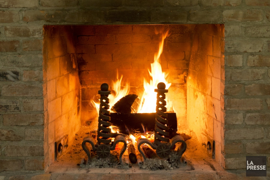Les feux de cheminée seront interdits dès le... (PHOTO DAVID BOILY, ARCHIVES LA PRESSE)