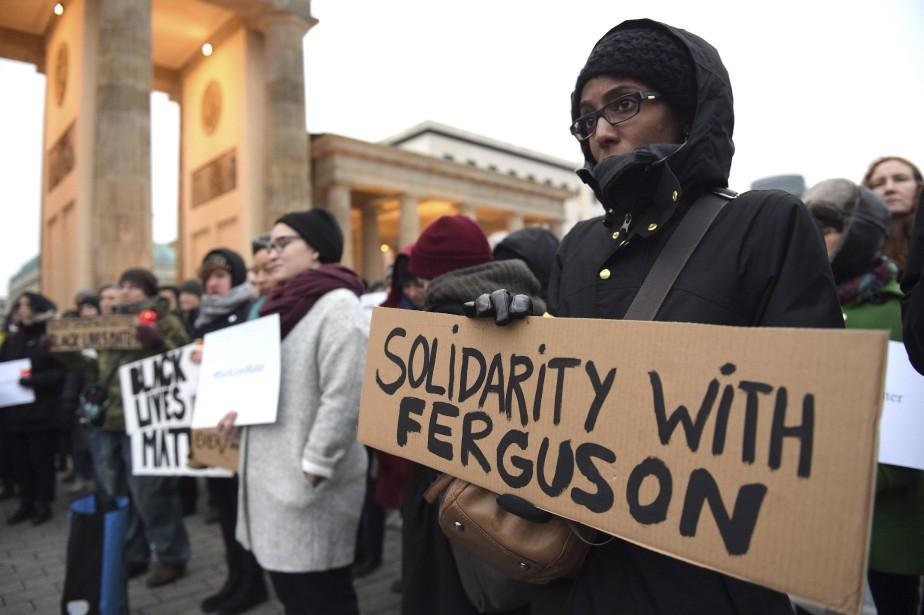 Manifestation de solidarité à Berlin, le 29 novembre. (Agence France-Presse)