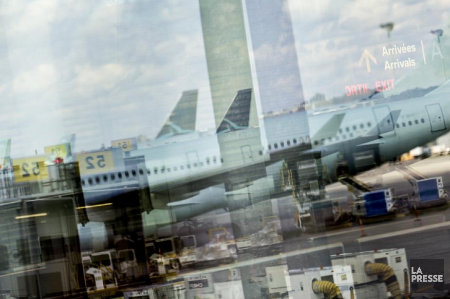 L'homme en question est arrivé à l'aéroport Montréal-Trudeau... (PHOTO ÉDOUARD PLANTE-FRÉCHETTE, ARCHIVES LA PRESSE)