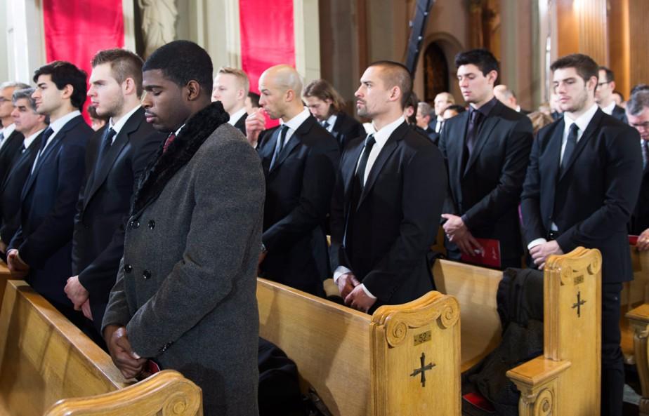 Les joueurs de l'édition actuelle du Canadien ont assisté à la cérémonie. (Photo Paul Chiasson, La Presse Canadienne)