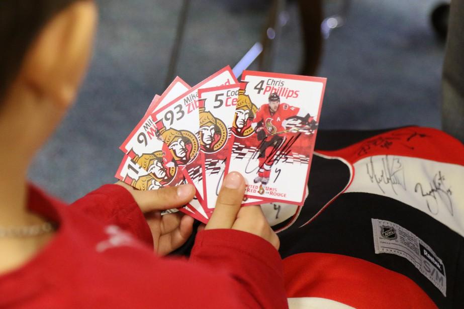 Les enfants ont pu collectionner les autographes. (PATRICK WOODBURY, LeDroit)