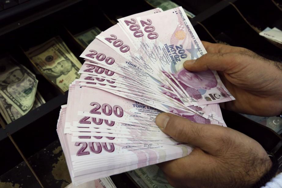 Forbesrelève que 19 milliardaires ont vu leur fortune... (Photo Reuters)
