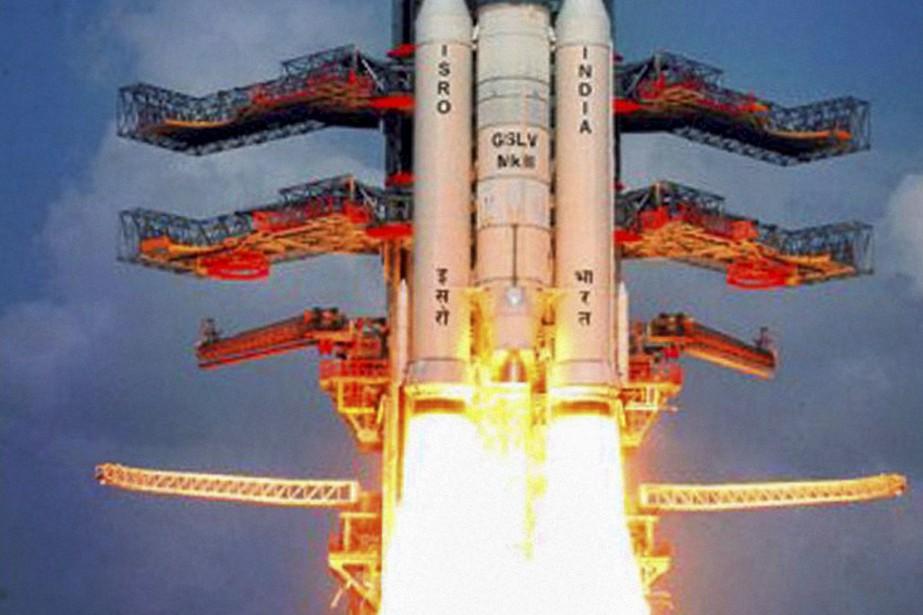La nouvelle fusée, qui pèse 630 tonnes et... (PHOTO ASSOCIATED PRESS)