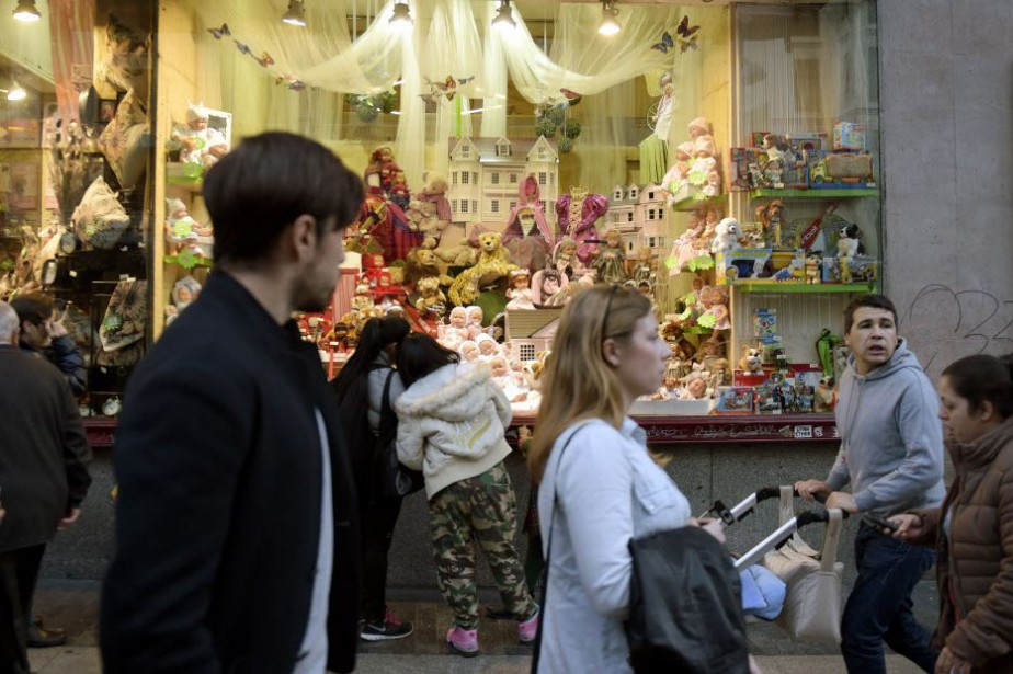 La boutique, Asi, mentionnée dans les guides touristiques,... (PHOTO GERARD JULIEN, AFP)
