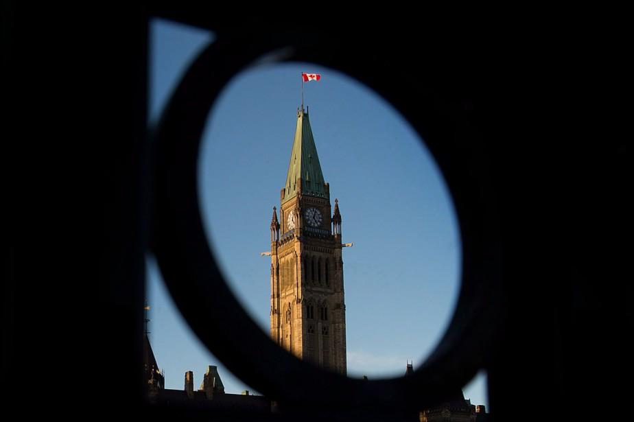 Au Québec, les coups de sonde donnent l'avance... (PHOTO ARCHIVES LA PRESSE CANADIENNE)