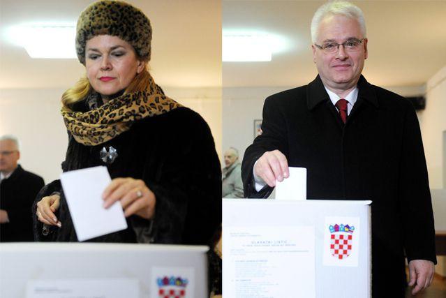 Kolinda Grabar Kitarovic etIvo Josipovic... (Photos AFP)
