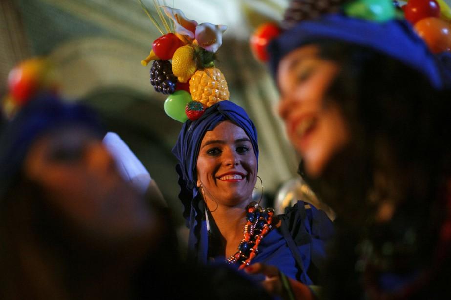 Des milliers de personnes se sont rassemblées mardi... (Photo archives Reuters)