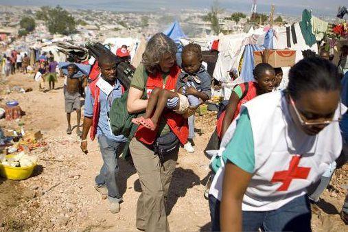 Pour la Croix-Rouge canadienne, ce fut l'intervention la... (PHOTO ARCHIVES AGENCE FRANCE-PRESSE)