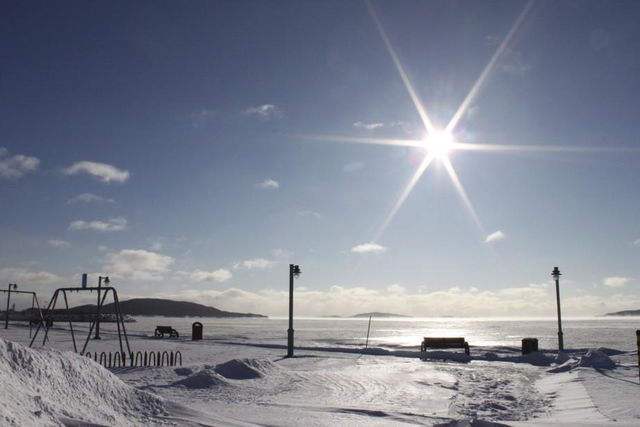 Malgré le soleil radieux, il était peu tentant de mettre le nez dehors à Sept-Îles, le 8 janvier, alors que le mercure affichait - 37,2 °C en matinée. | 9 janvier 2015