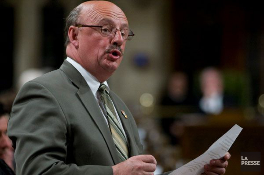 L'ex-député Yvon Godin... (PHOTO ARCHIVES LA PRESSE CANADIENNE)