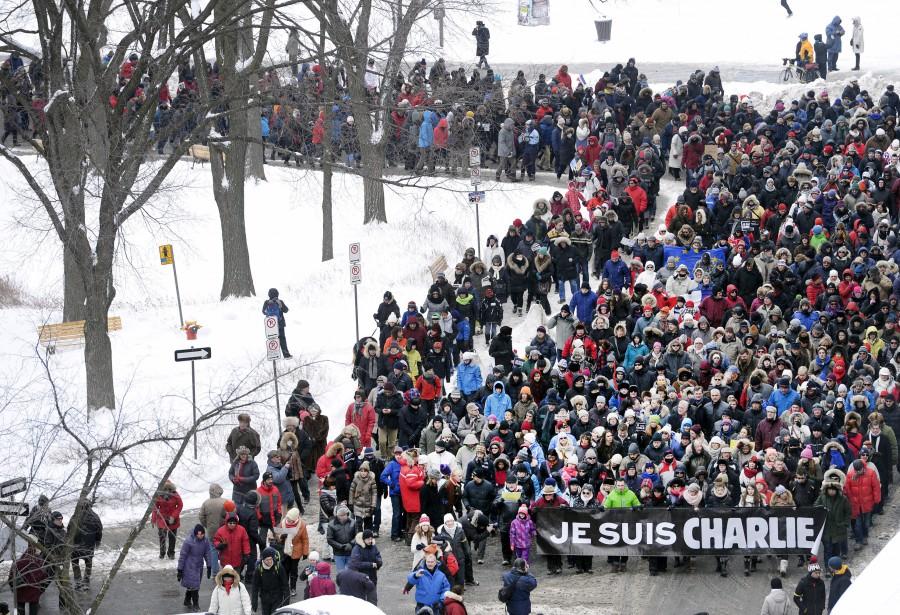 À Québec, 2000 personnes ont participé à une marche. (Le Soleil, Jean-Marie Villeneuve)