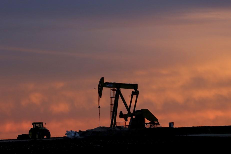 Le déclin du pétrole ne se produit pas... (PHOTO LM OTERO, archives Associated Press)