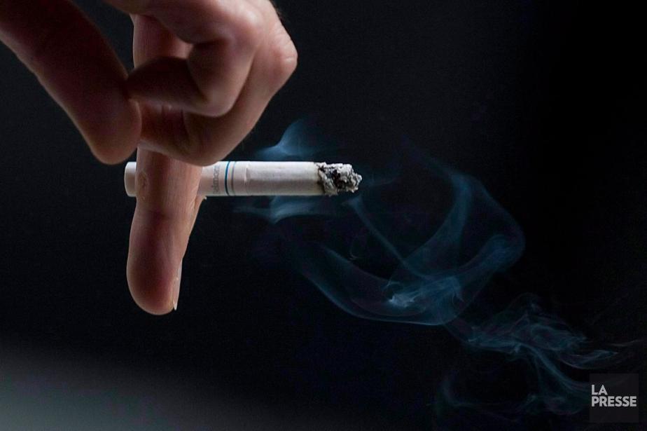 Le tabagisme cause la majorité des cas d'emphysème,... (PHOTO ARCHIVES LA PRESSE CANADIENNE)