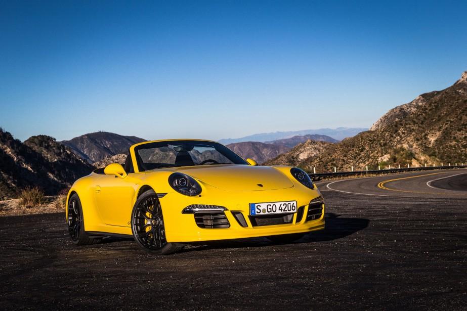 La Porsche 911 GTS... (Photo fournie par Porsche)
