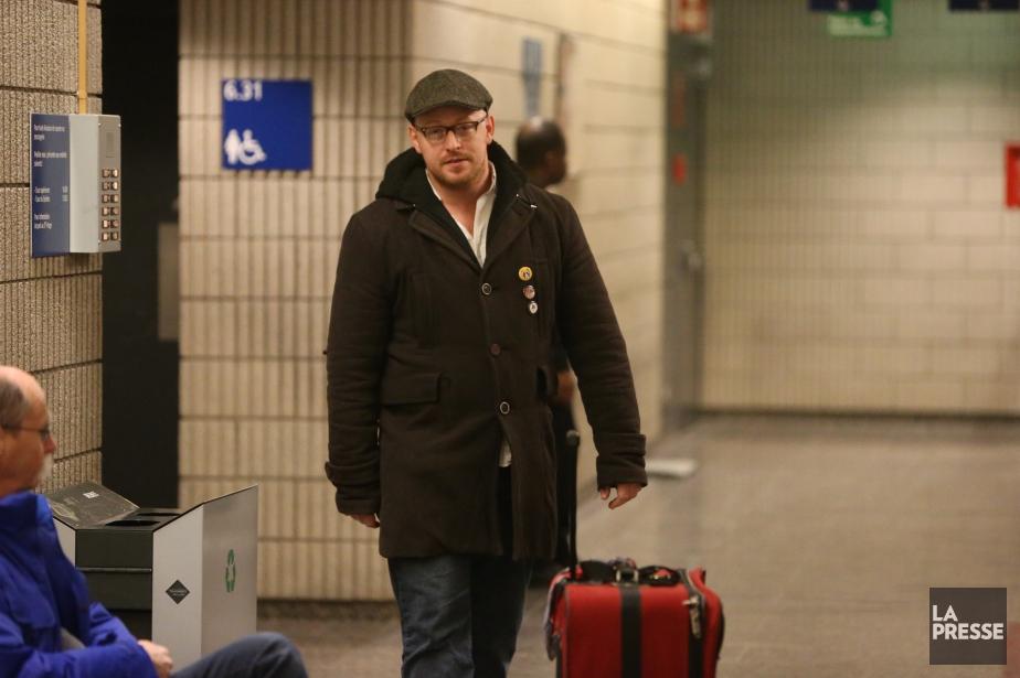 Gab Roy, à son arrivée au palais de... (PHOTO MARTIN CHAMBERLAND, LA PRESSE)