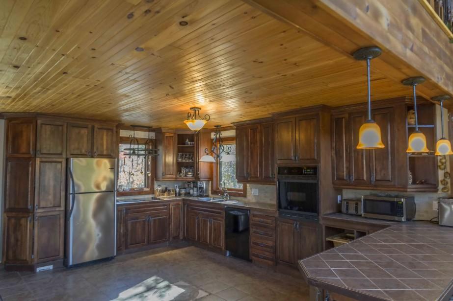 Maison rue simard for Plancher bois cuisine