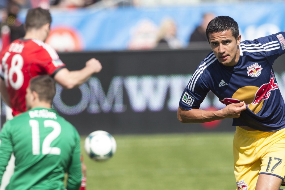 Tim Cahill... (Photo Chris Young, archives PC)