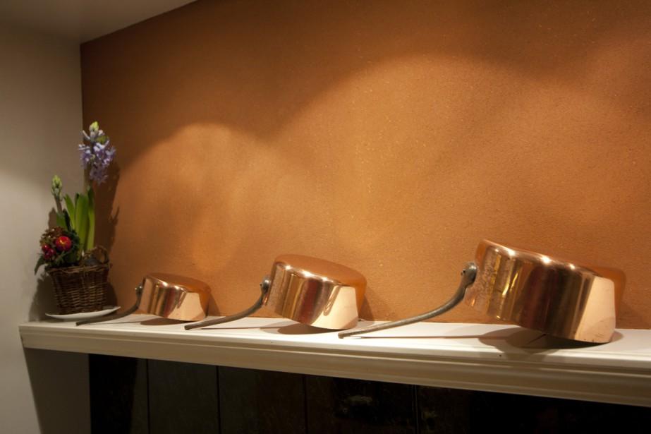 Ce mur est recouvert d'un enduit d'argile avec fibre de lin intégrée. (PHOTO FOURNIE PAR NATURAMBIANCES)