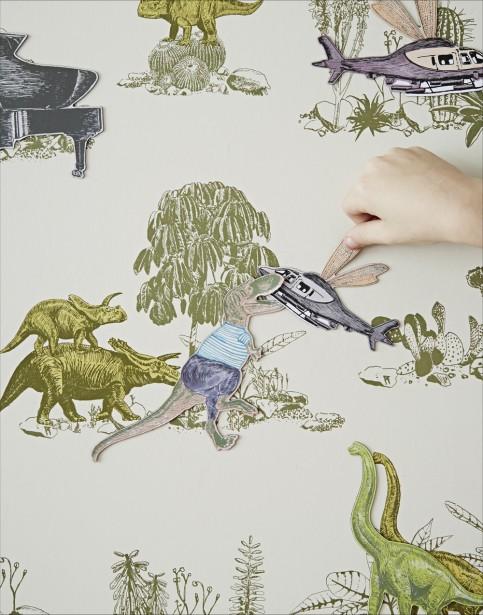 En plus du papier peint, l'artiste fabrique des aimants, des coussins et de la literie. (Photo fournie par Sian Zeng)