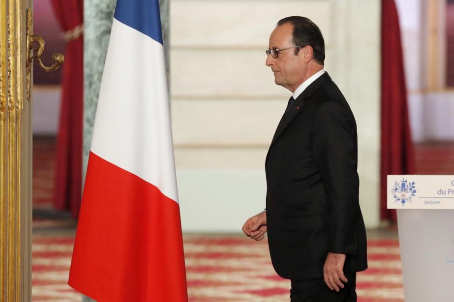 François Hollande vient à peine de sortir d'une... (PHOTO FRANÇOIS MORI, REUTERS)