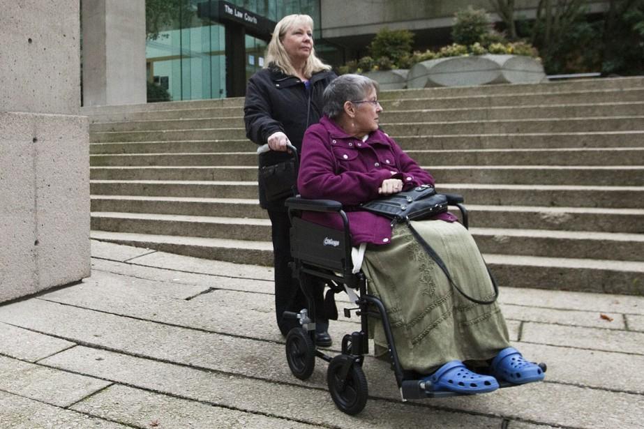 Gloria Taylor (à droite), qui s'est éteinte depuis,... (PHOTO ARCHIVES REUTERS)
