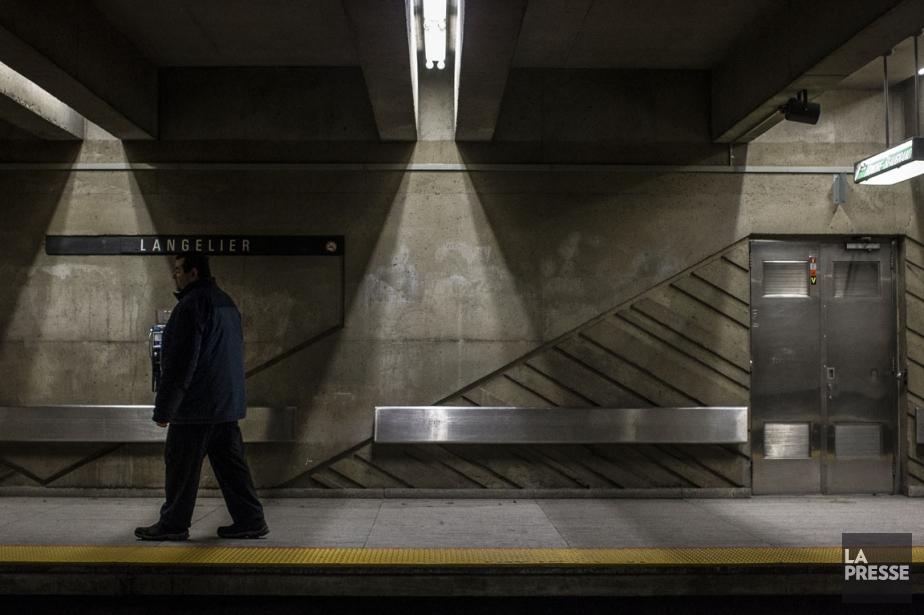 Sur le quai du métro Langelier, Radil Hebrich,... (PHOTO OLIVIER PONTBRIAND, ARCHIVES LA PRESSE)