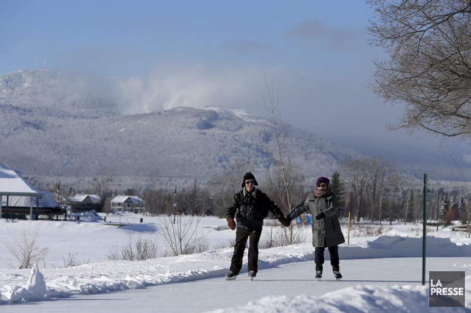 Certes, Magog s'endort un peu, l'hiver, quand le lac Memphrémagog est gelé et...