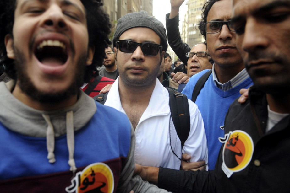 Ahmed Maher... (PHOTO ARCHIVES REUTERS)