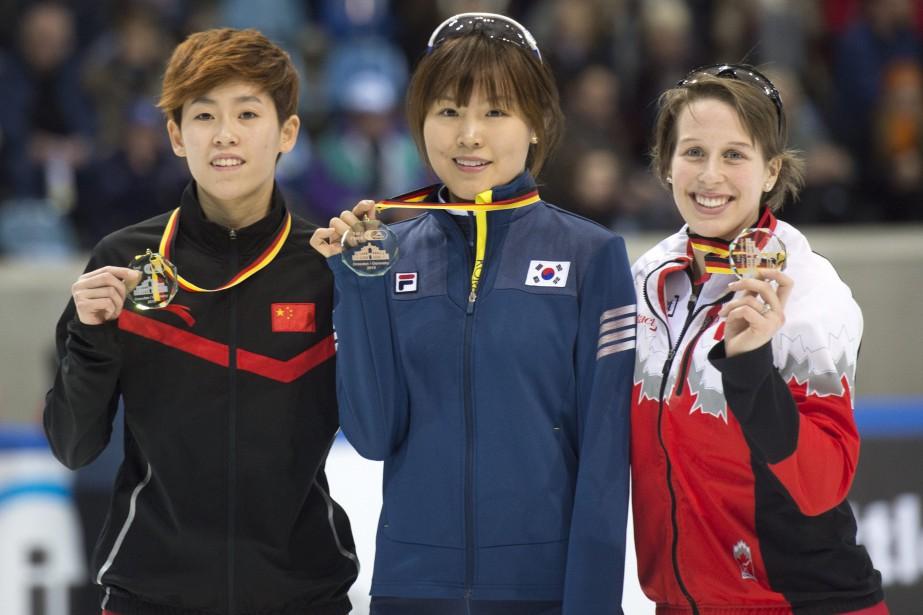 Marianne St-Gelais (à droite) a remporté le bronze... (Photo Jens Meyer, AP)