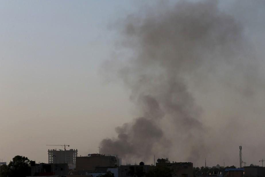 Des témoins ont raconté que des corps étaient... (Photo Esam Omran Al-Fetori, Reuters)