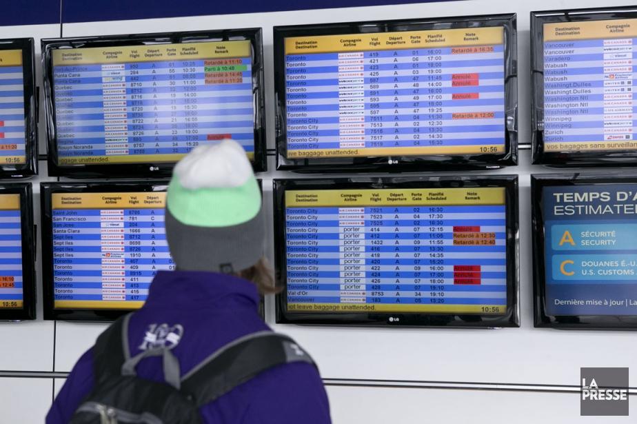 Une vingtaine de vols qui devaient... (PHOTO HUGO-SÉBASTIEN AUBERT, LA PRESSE)