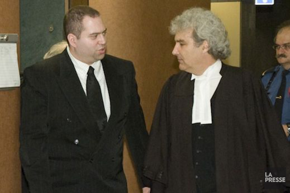 Le policier Roberto Sforza (à gauche) en 2008.... (Photo David Boily, Archives La Presse)