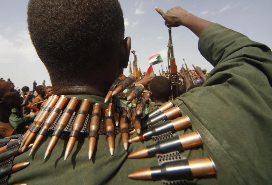 Deux déserteurs de l'armée soudanaise ont affirmé aux... (PHOTO MOHAMED NURELDIN ABADALLAH)