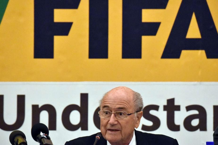 Le président de la FIFA,Joseph Sapp Blater... (PHOTO ISSOUF SANOGO, AFP)