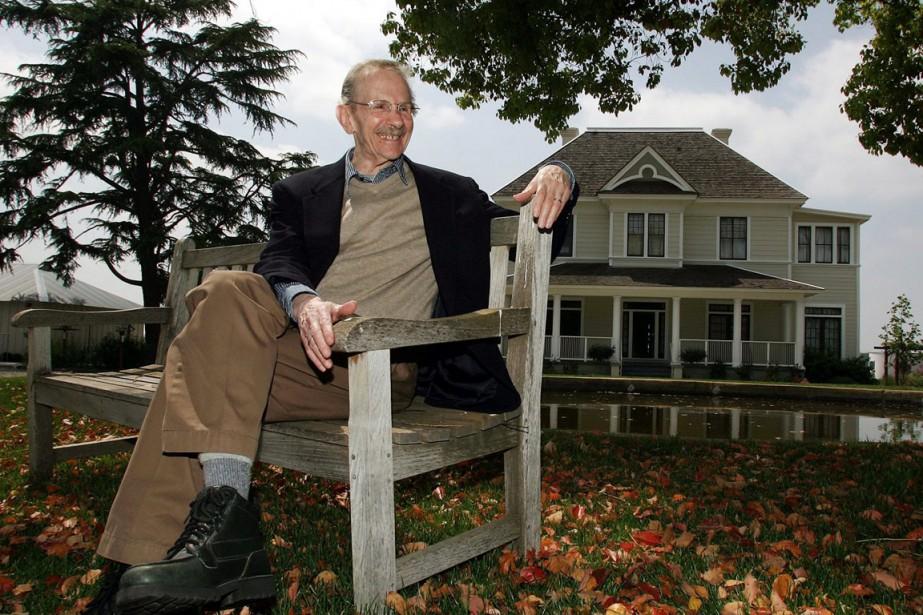 Le poète américain Philip Levine, photographié en 2006.... (Photo Gary Kazanjian, AP)