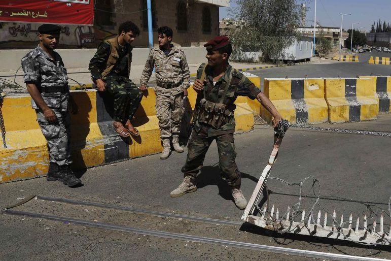 L'ONU exige que les houthisse retirent des institutions... (PHOTO KHALED ABDULLAH, REUTERS)